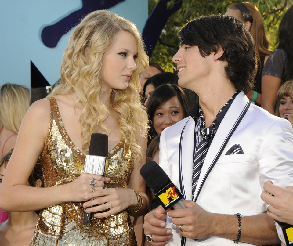 Taylor and Joe became America's couple when they started dating in 2008. The teen singers broke up when Jonas ended the relat