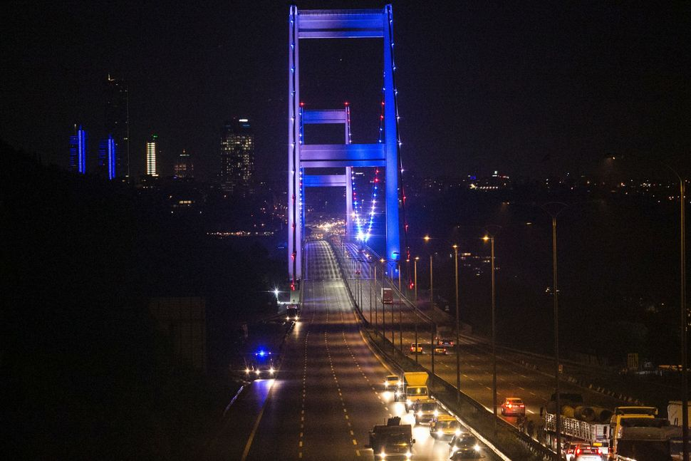The Turkish military partially shut down the Bosporous bridge. Turkish military forces opened fire on crowds gathered in
