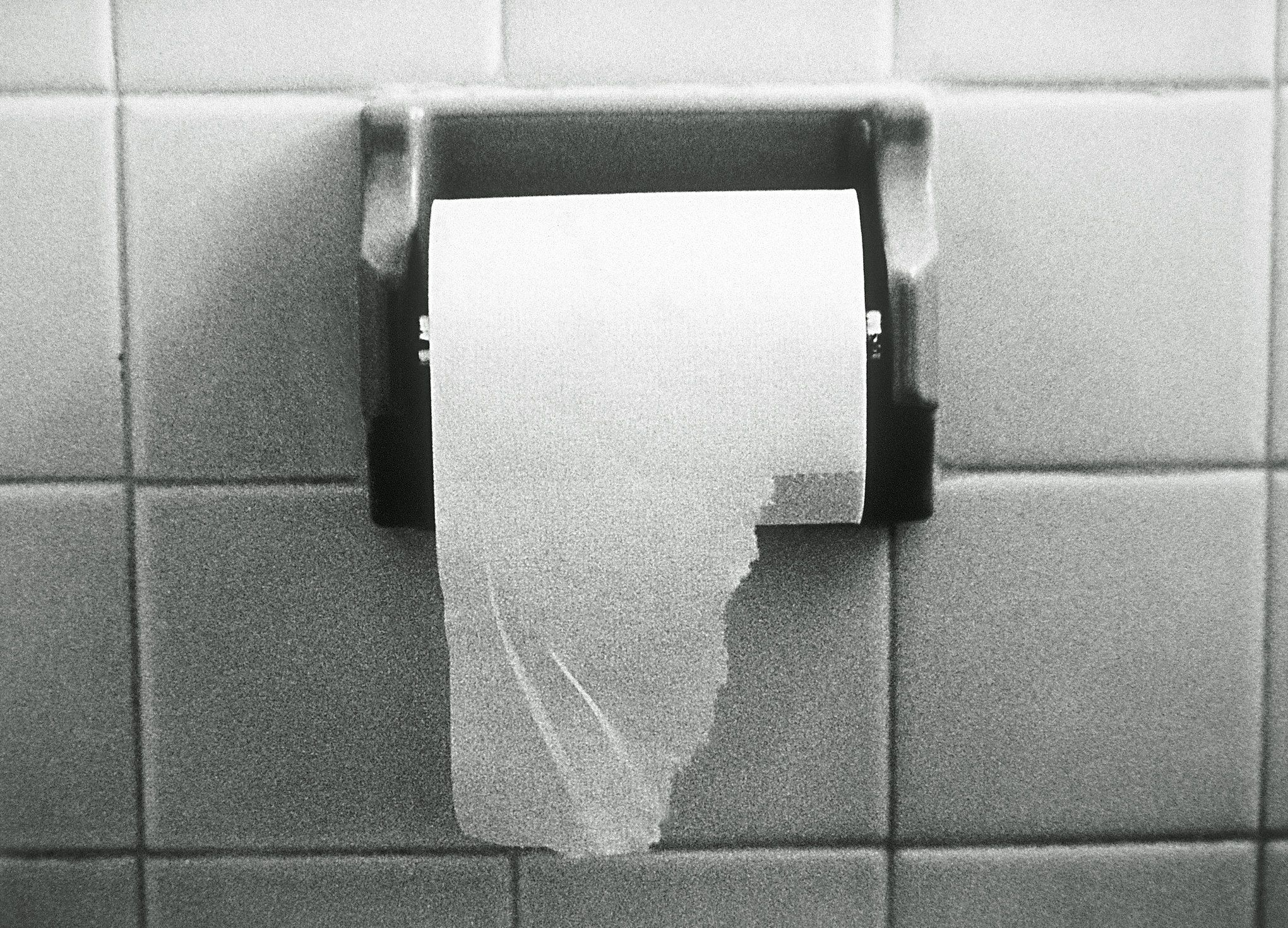 Covering The Toilet Seat With Tissue Paper: Is It Safer For Health Or A Hygiene