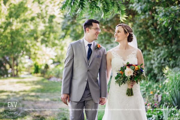 """""""Andrew and Kelli tied the knot in Columbus, Ohio this weekend!"""" --<i>Rebecca Cook</i>"""