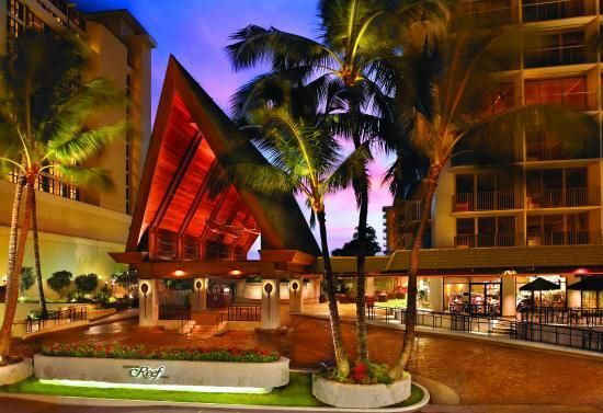 The Outrigger Reef on the Beach is located near the end of Waikiki Beach, making it a veryrelaxed option for travellers