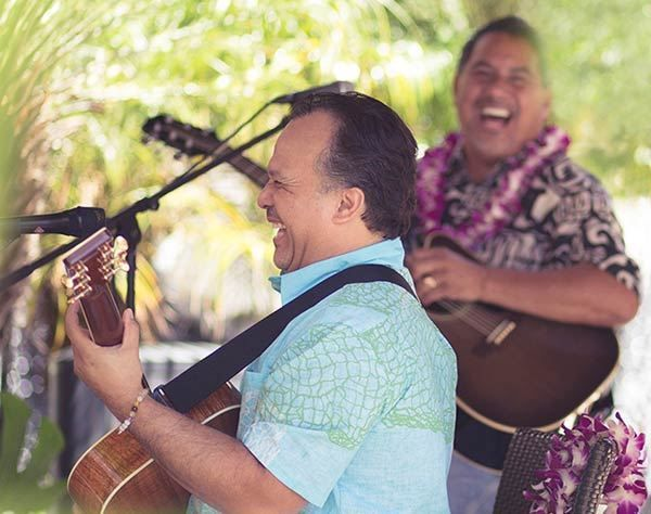Enjoy live music nightly at theKani Ka Pila Grille in the Outrigger Reef on the Beach.
