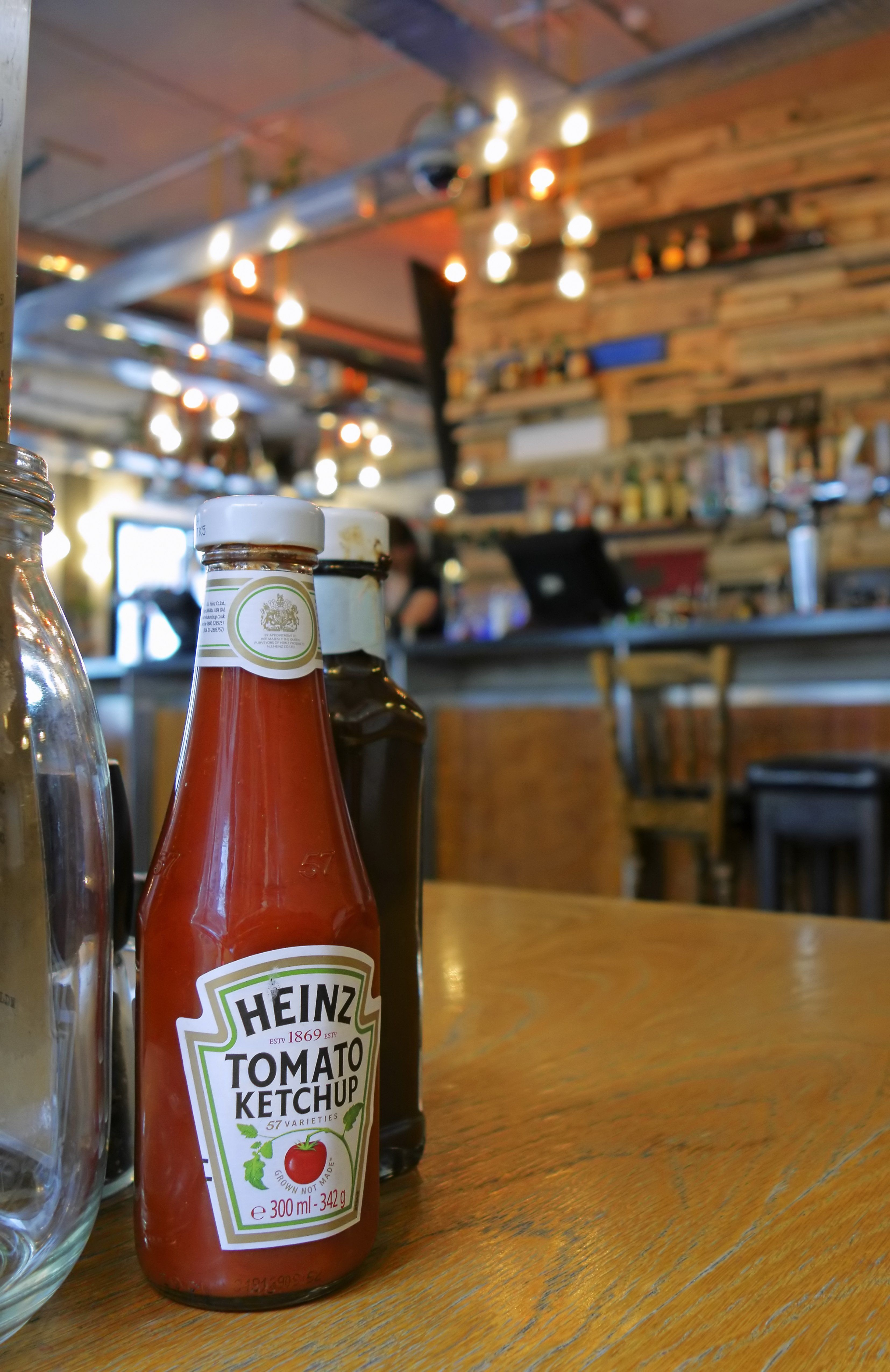 This Trick Gets Heinz Ketchup Out Of The Bottle, Without The Struggle