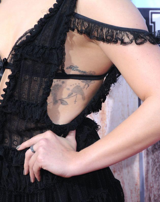 Chloë Grace Moretz Adds To Her Piercing