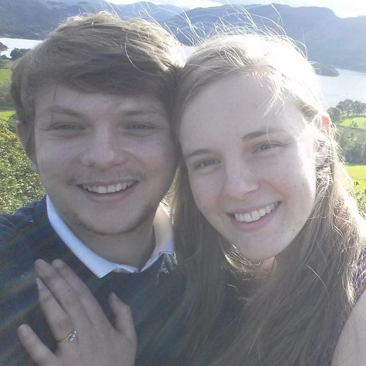 In September 2015,Dan popped the question to Kim.
