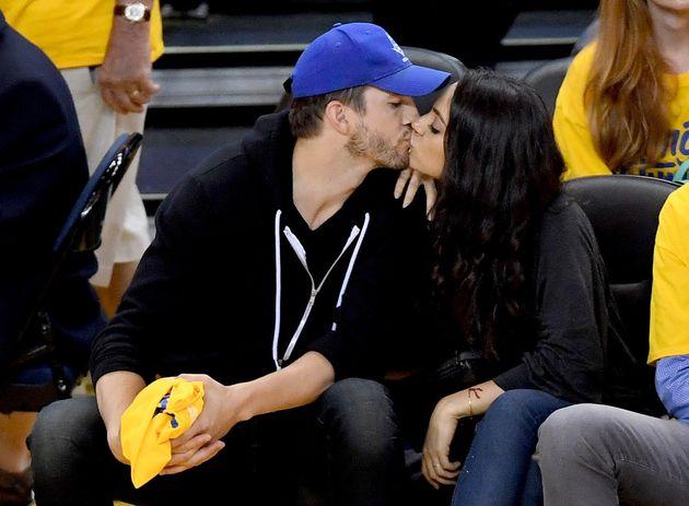 Mila Kunis revela lo loco que fue ser novia de Macaulay