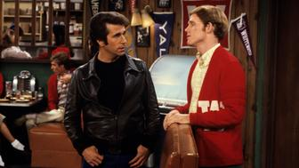 UNITED STATES - AUGUST 12:  HAPPY DAYS - 'Gallery' 1974-1978 Henry Winkler, Ron Howard  (Photo by ABC Photo Archives/ABC via Getty Images)
