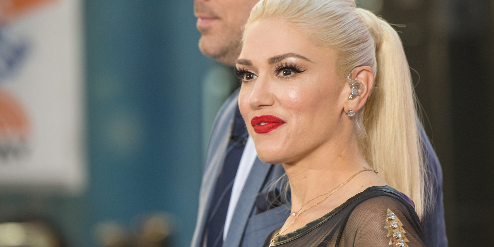 Gwen Stefani Gets Teary-Eyed While Chatting About Her Love Life Struggles