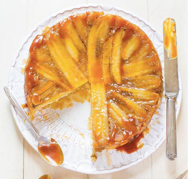 "<strong>Get the <a href=""http://www.averiecooks.com/2014/07/caramelized-banana-upside-down-cake.html"" target=""_blank"">Caramel"
