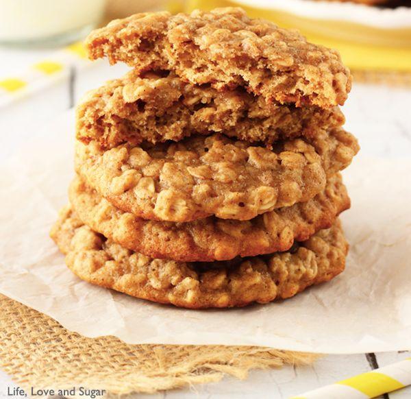 "<strong>Get the <a href=""http://www.lifeloveandsugar.com/2014/02/11/moist-chewy-banana-oatmeal-cookies/"" target=""_blank"">Mois"