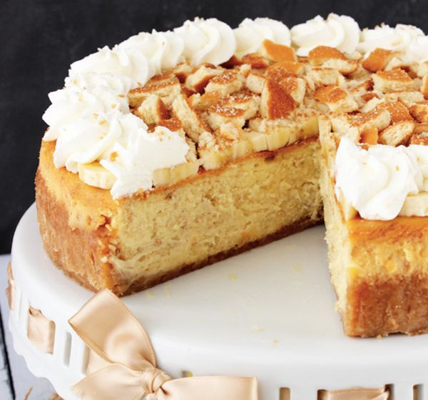 "<strong>Get the <a href=""http://www.lifeloveandsugar.com/2014/03/11/banana-pudding-cheesecake/"" target=""_blank"">Banana Puddin"