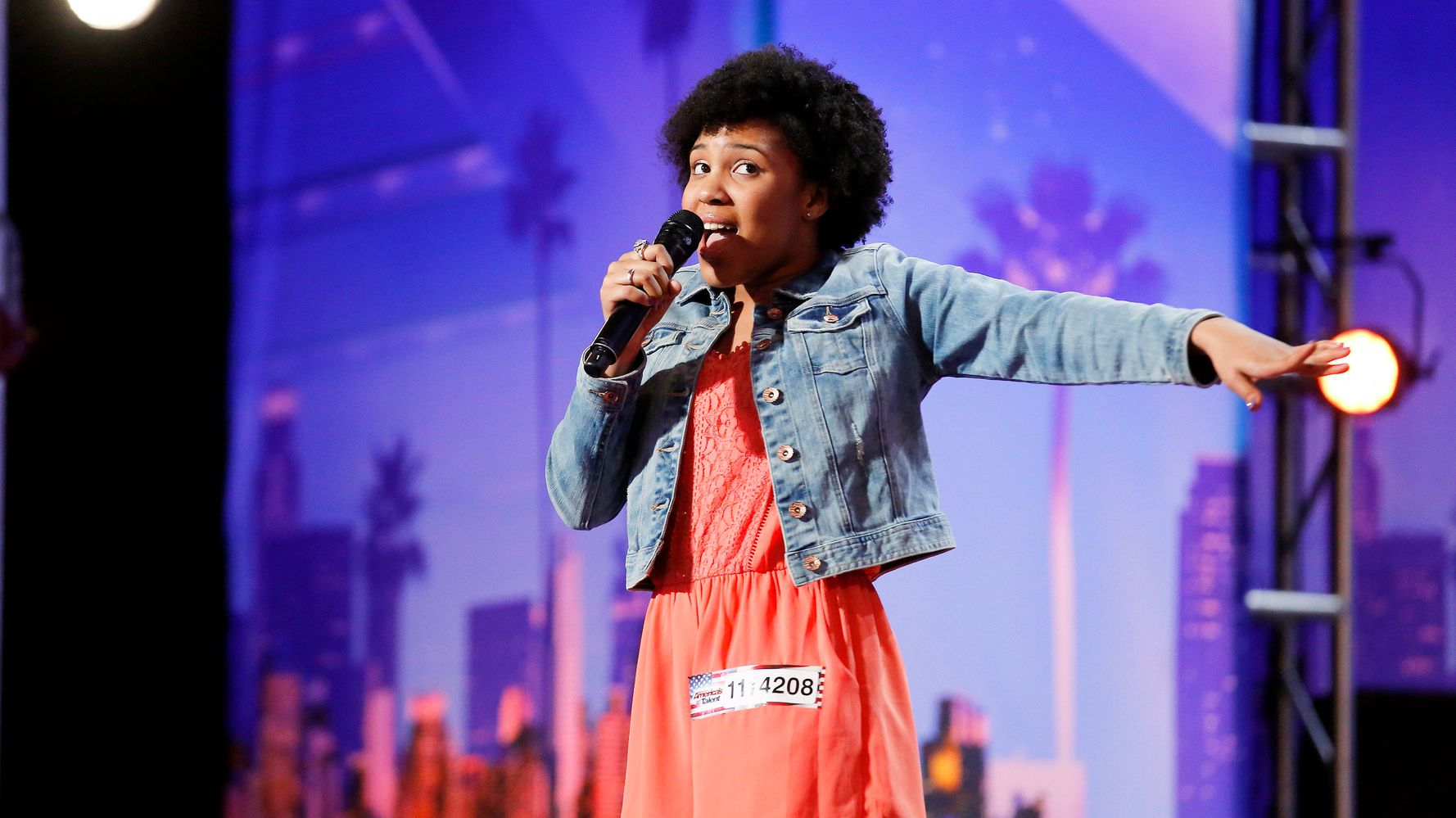 Homeless Teen Earns 'America's Got Talent' Golden Buzzer With Chills