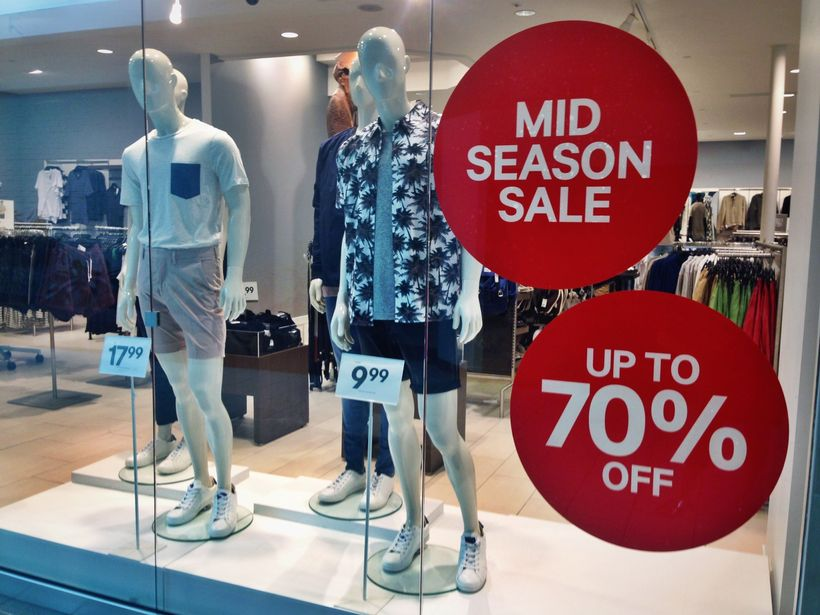 Stores like H&M sell clothescheaper than you can buymeals at mid-rangerestaurants, andit's allowi