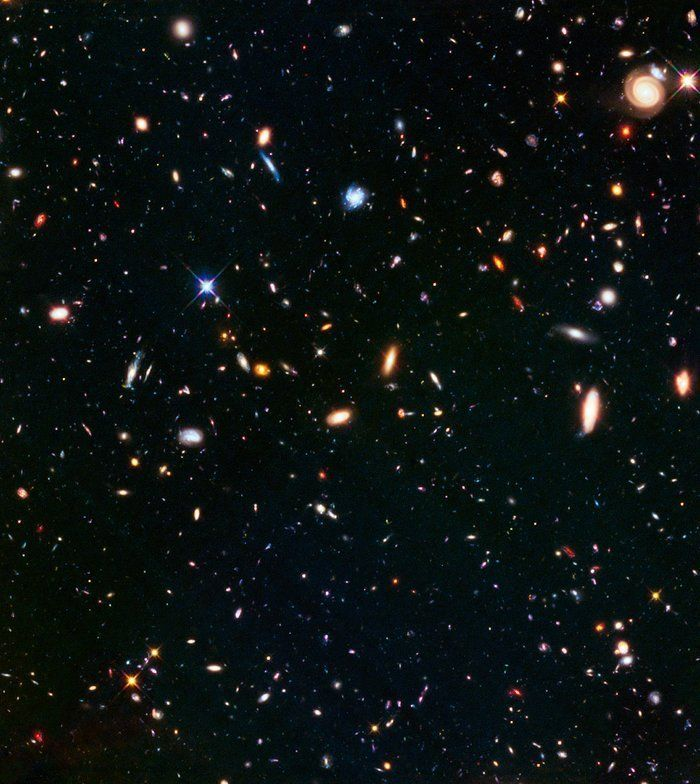 Another view from Hubble observed in parallel with Abell S1063.