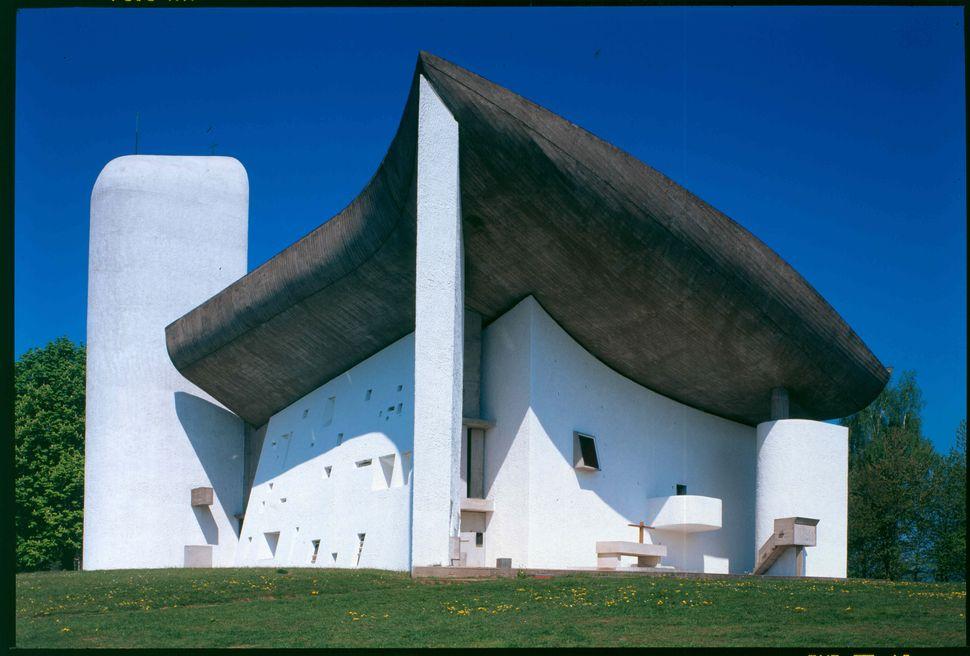 Chapelle Notre Dame du Haut in Ronchamp, France.