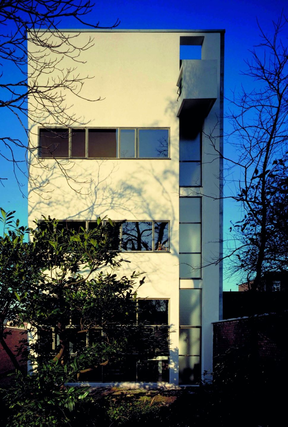 A home and studio Le Corbusier built for artist René Guiette in Antwerp, Belgium in 1926.