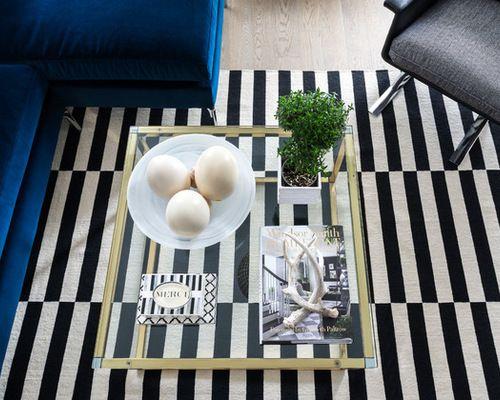"""<a href=""""http://www.houzz.com/photos/39254625/Yorkville-Condo-eclectic-living-room-toronto"""" target=""""_blank"""">Original photo</a"""