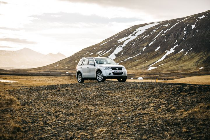 """<p><a rel=""""nofollow"""" href=""""http://www.thetravelpockets.com/new-blog/2016/4/7-day-iceland-road-trip-itinerary"""" target=""""_blank"""">HIGHLY RECOMMEND GETTING A 4WD VEHICLE IN ICELAND</a></p>"""