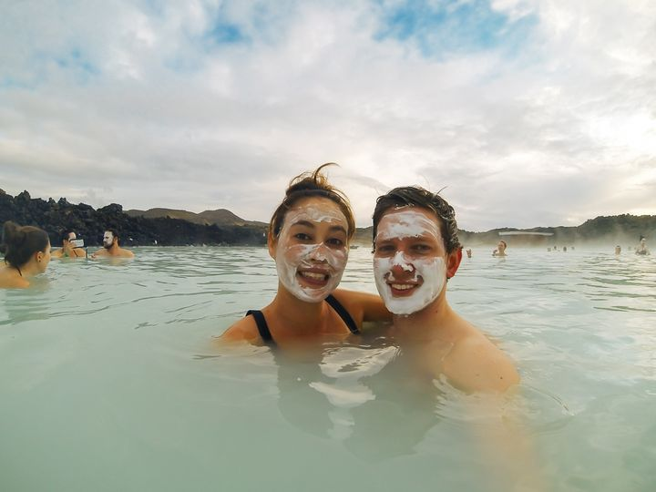"""<p><a rel=""""nofollow"""" href=""""http://www.thetravelpockets.com/new-blog/2016/4/7-day-iceland-road-trip-itinerary"""" target=""""_blank"""">FACE MASKS AT THE BLUE LAGOON</a></p>"""