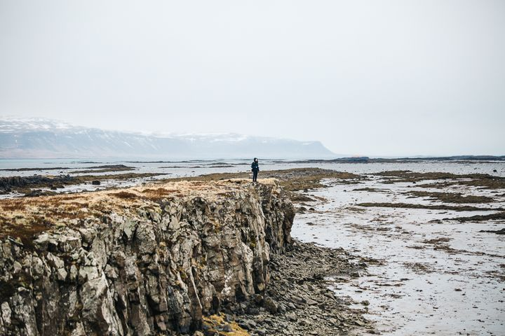 """<p><a rel=""""nofollow"""" href=""""http://www.thetravelpockets.com/new-blog/2016/4/7-day-iceland-road-trip-itinerary"""" target=""""_blank"""">COOL SPOT WE FOUND ON OUR DRIVE TO STYKKISHOLMUR</a></p>"""