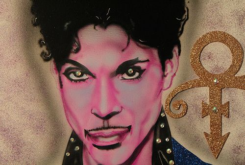 <i>Photo by Nancy A. Ruhling<br></i><strong>A detail from Ron's Prince portrait.</strong>