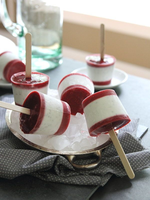 "<strong>Get the <a href=""http://www.runningtothekitchen.com/2014/05/raspberry-coconut-chia-ice-pops/#comment-190707"" target="""