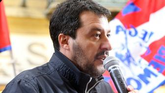 TORINO, ITALY - 2016/06/01: The racist and anti-immigration Lega Nord party leader, Matteo Salvini visits Turin. He first visit in Porta Palazzo, for a symbol of emigration and then went to Via Garibaldi for a rally, that challenged the protesters. (Photo by Daniela Parra Saiani/Pacific Press/LightRocket via Getty Images)