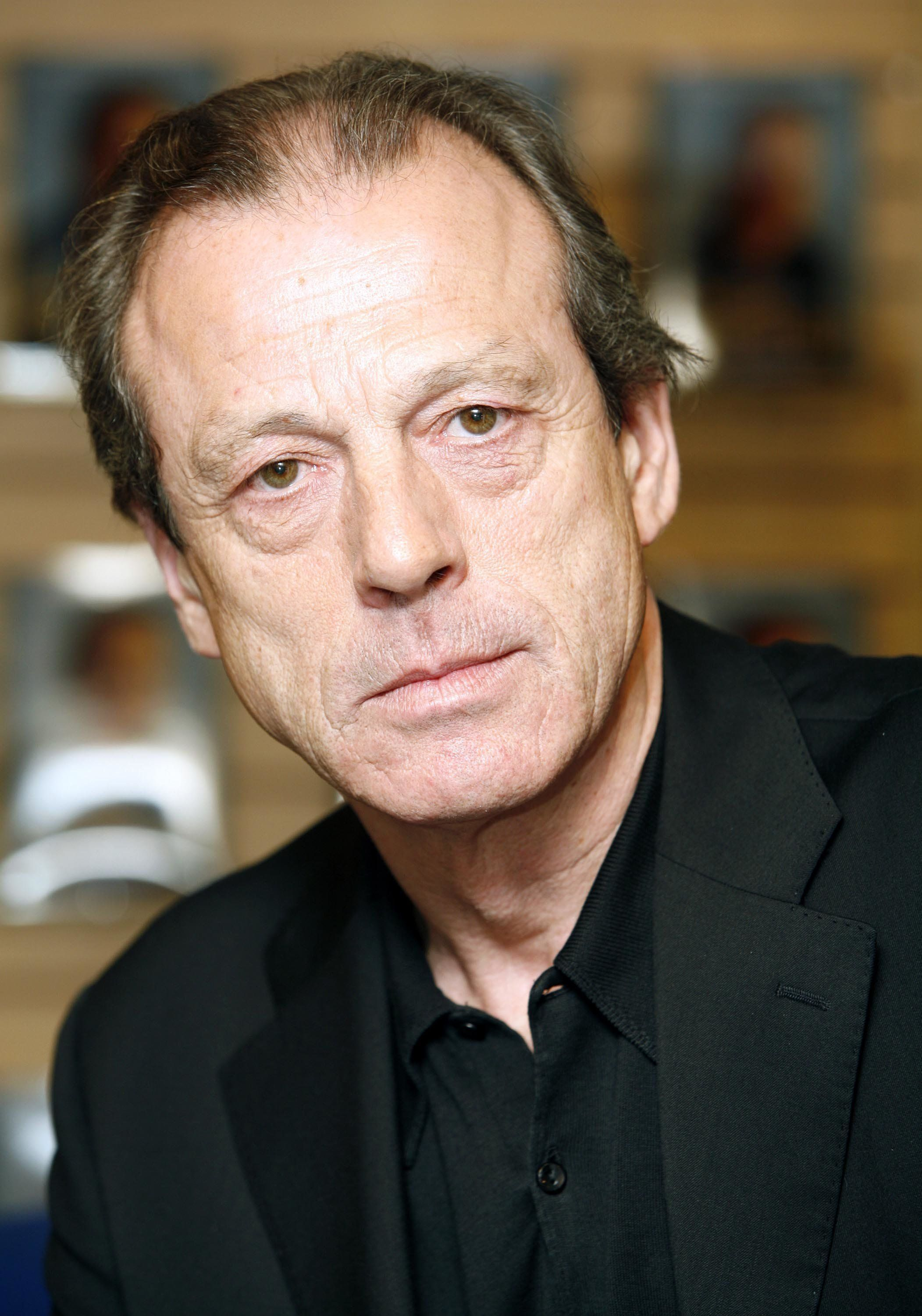 Leslie Grantham Really Isn't Happy With The 'EastEnders' Writing
