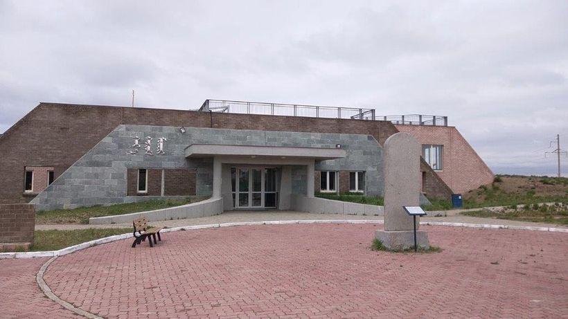 The Karakorum Museum exhibits displays describing the history of the region