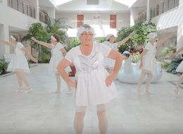 Taylor Swift's 'Shake It Off' (Oldsta-Style) Is Just So Good