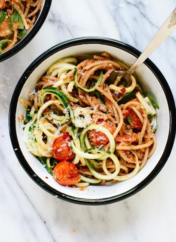 """<strong>Get the <a href=""""http://cookieandkate.com/2016/double-tomato-pesto-spaghetti-with-zucchini-noodles/"""" target=""""_blank"""">"""
