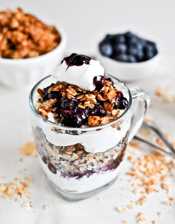 "<strong>Get the <a href=""http://www.howsweeteats.com/2012/07/roasted-blueberry-coconut-quinoa-parfaits-with-coconut-granola/"""