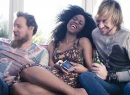 Throuple Relationships Vs Threesomes Explained: What It's Like To Be In A Three-Person Romance
