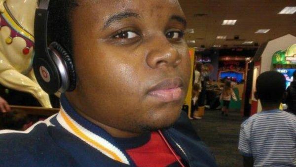 """When&nbsp;former Ferguson cop Darren Wilson fatally <a href=""""https://www.washingtonpost.com/politics/official-autopsy-michael"""