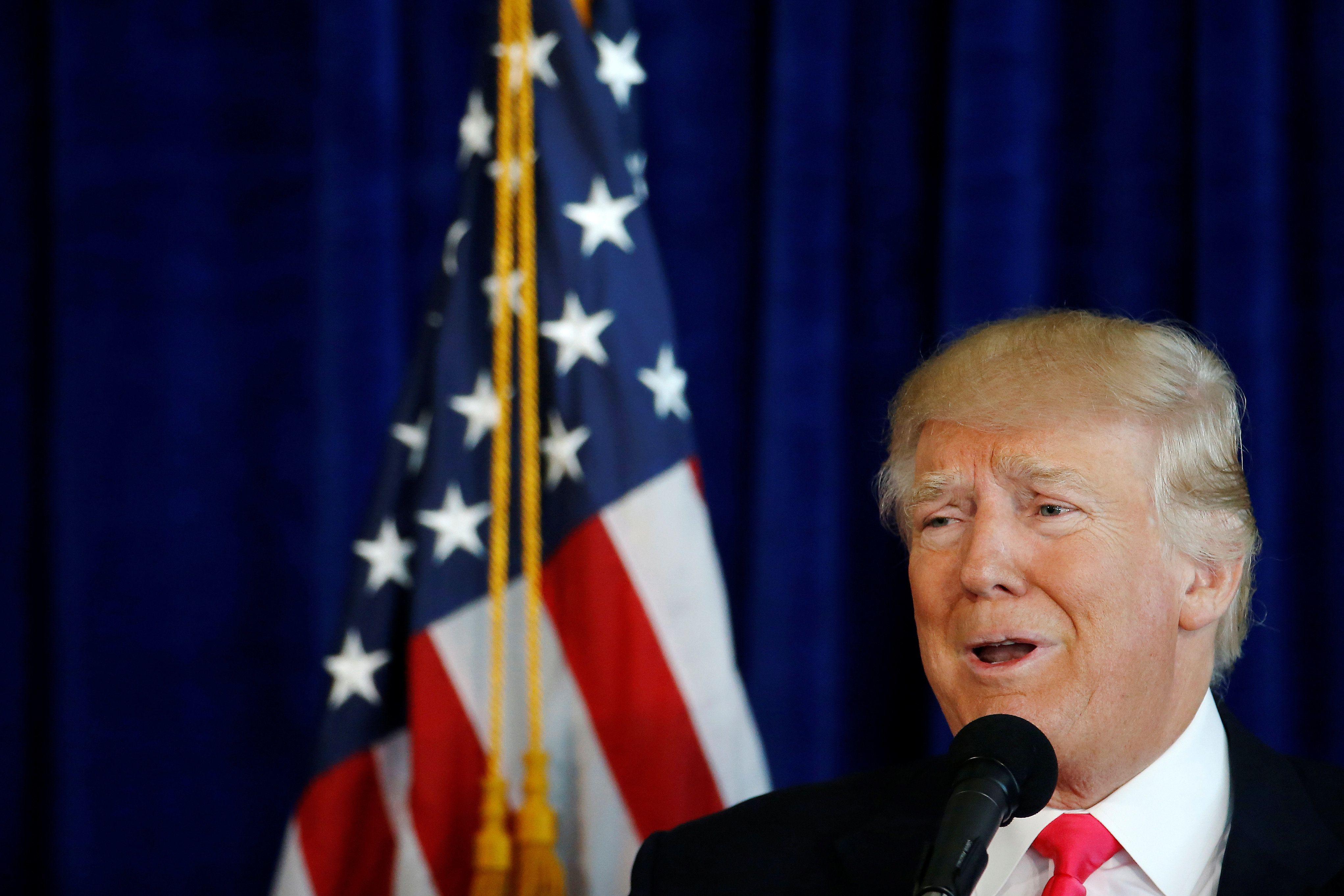 U.S. Republican presidential nominee Donald Trump speaks at a campaign event at Trump Doral golf course in Miami, July 27, 20