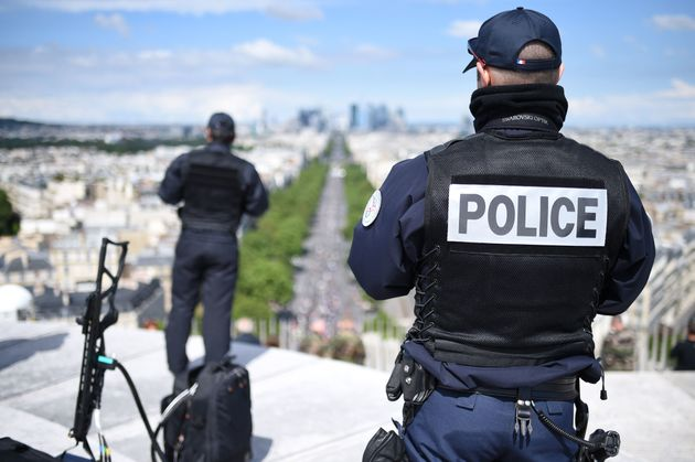 Armed police and soldiers will guard French holiday sites popular with tourists this