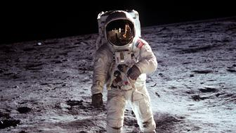 """This NASA file image shows Apollo 11 U.S. astronaut Buzz Aldrin standing on the Moon, next to the Lunar Module """"Eagle"""" (R), July 20, 1969. Apollo 11 was launched forty years ago today on July 16, 1969, and carried astronauts Neil Armstrong, who was the Mission Commander and the first man to step on the Moon, Aldrin, who was the Lunar Module Pilot, and Michael Collins, who was the Command Module pilot. Armstrong took this photograph.    REUTERS/Neil Armstrong-NASA/Handout    (UNITED STATES ANNIVERSARY SCI TECH IMAGES OF THE DAY) FOR EDITORIAL USE ONLY. NOT FOR SALE FOR MARKETING OR ADVERTISING CAMPAIGNS"""