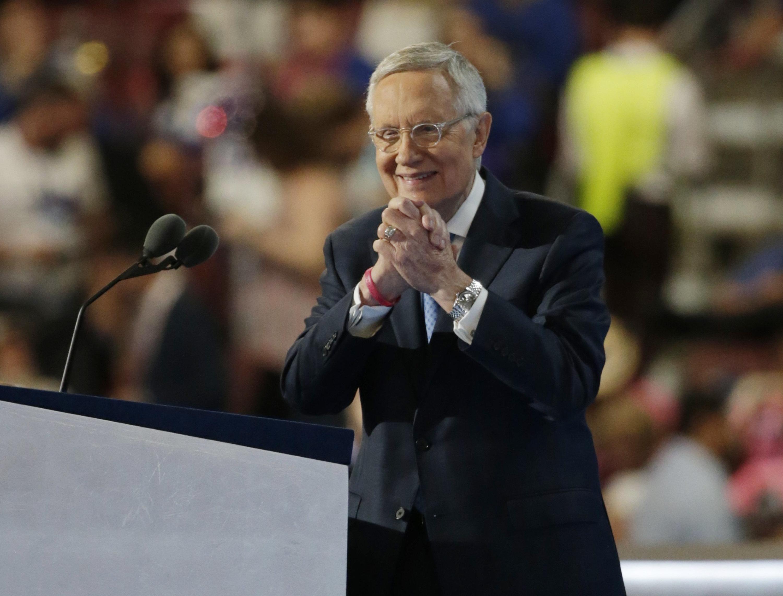 Senate Minority Leader Harry Reid (D-NV) gestures after speaking at the Democratic National Convention in Philadelphia, Pennsylvania, U.S. July 27, 2016. REUTERS/Gary Cameron