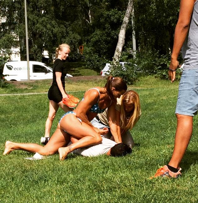 Off-duty police Mikaela Kellner pins the thief to the