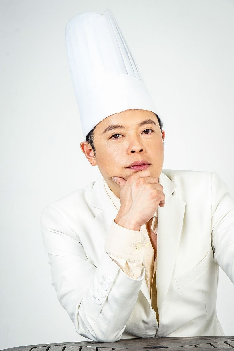 Vietnamese-born and US-raised Chef Jack Lee is sharing his fine dining insight with young chefs throughout Vietnam.