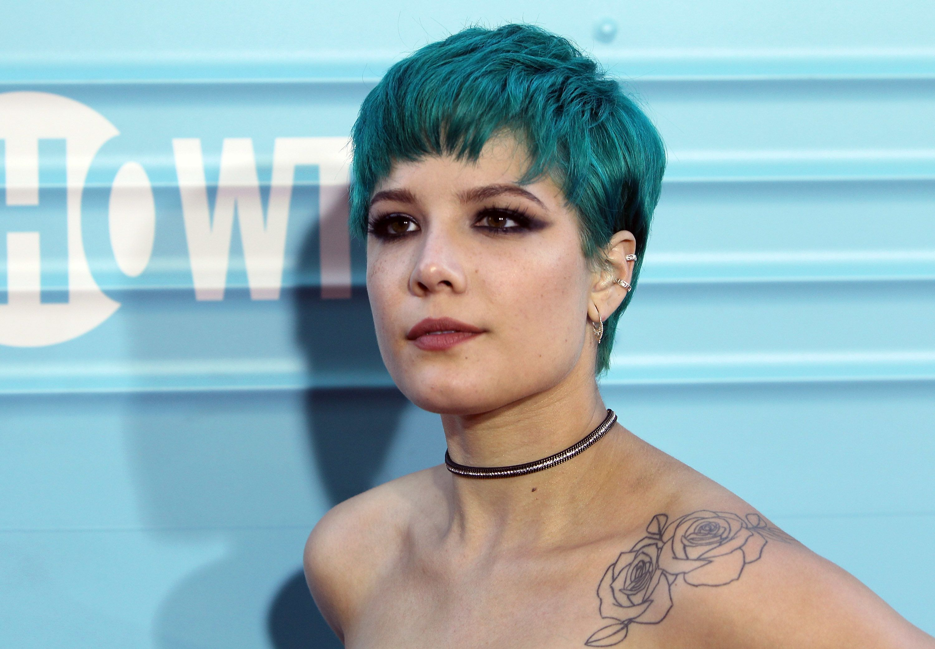 LOS ANGELES, CA - JUNE 06:  Singer Halsey attends the premiere of Showtime's 'Roadies' at The Theatre at Ace Hotel on June 6, 2016 in Los Angeles, California.  (Photo by David Livingston/Getty Images)