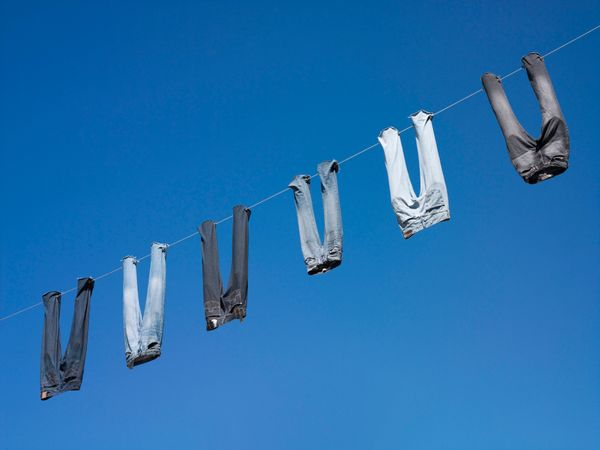 """Mixing your colors isn't the <a href=""""http://www.huffingtonpost.com/2014/05/06/laundry-mistakes-how-to-wash-clothes_n_5241398"""