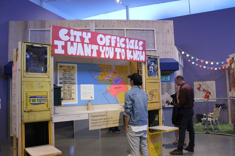 """The """"Oakland, I want you to know..."""" show invites viewers to participate. This exhibit encouragespeople to write letter"""