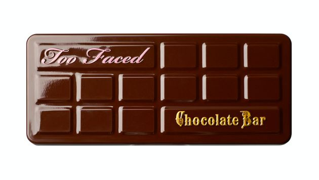 This Toddler Mistook Too Faced's 'Chocolate Bar' Palette For Actual