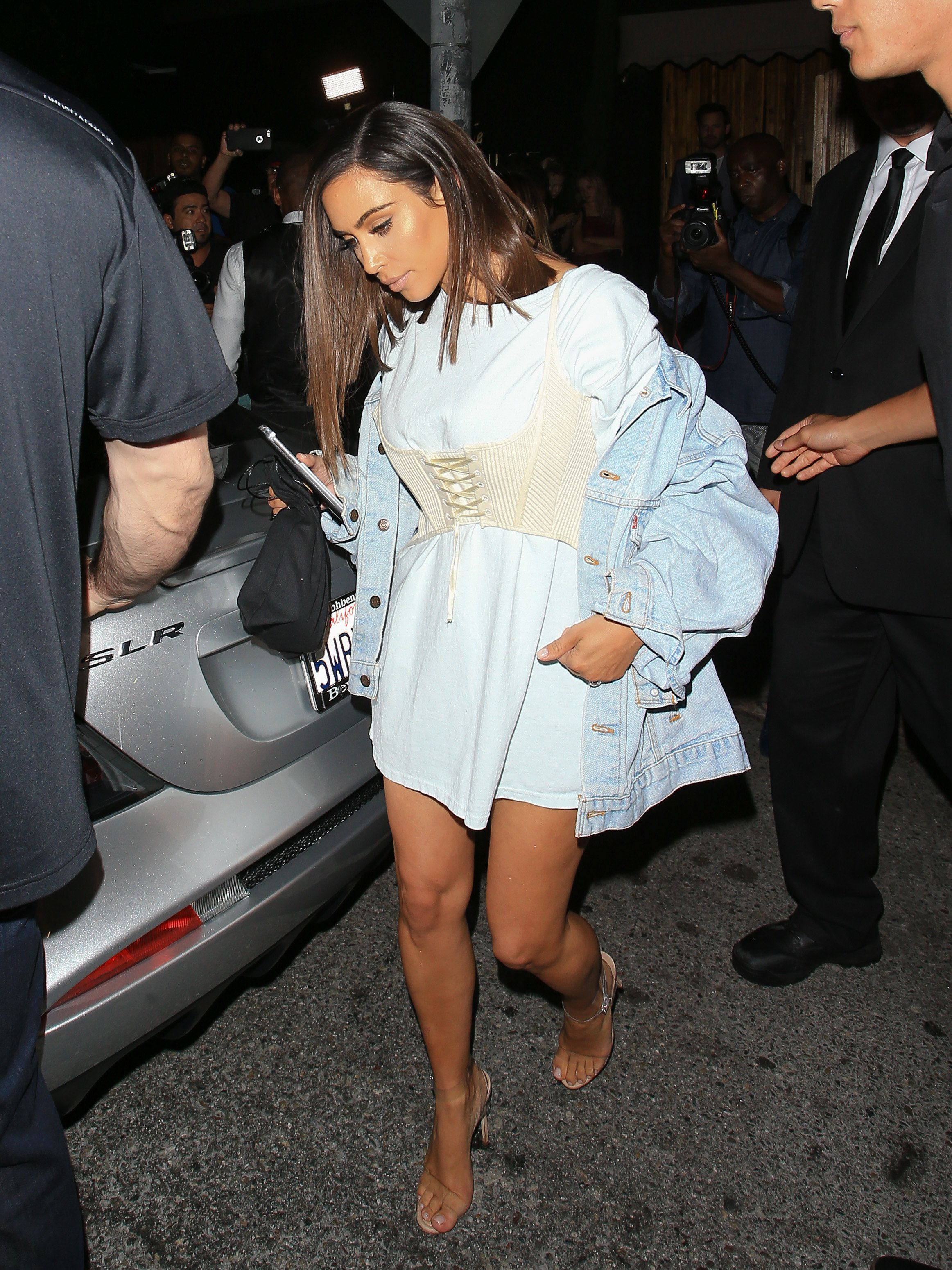 LOS ANGELES, CA - AUGUST 01: Kim Kardashian is seen on August 01, 2016 in Los Angeles, California.  (Photo by BG001/Bauer-Griffin/GC Images)