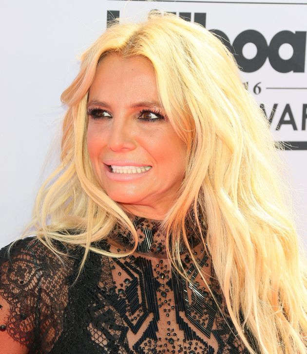 Britney Spears Doesn't Remember Meeting Taylor Swift But the Internet Found Proof