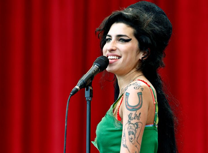 British pop singer Amy Winehouse performs during the Glastonbury music festival in Somerset, south-west England June 22, 2007