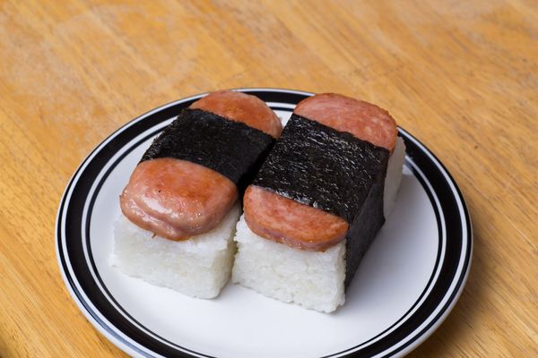 """Last June, a man caught stealing two spam musubis from a local grocery store was<a href=""""http://www.staradvertiser.com/breaki"""