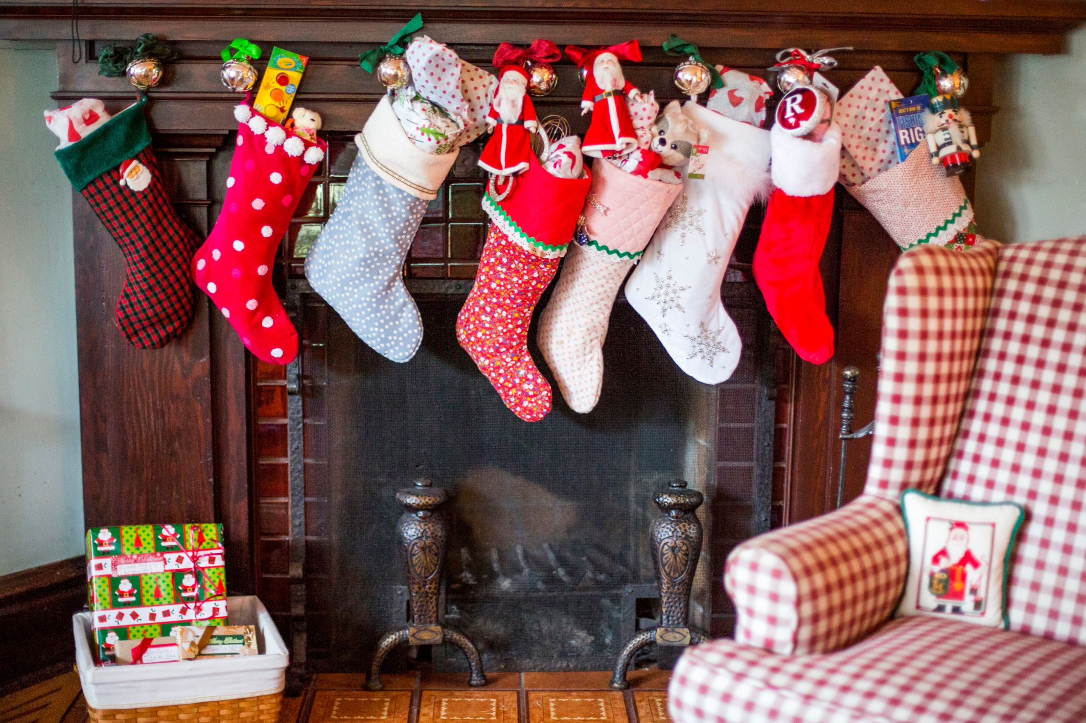 8 Reasons We All Need To Start Celebrating Christmas In