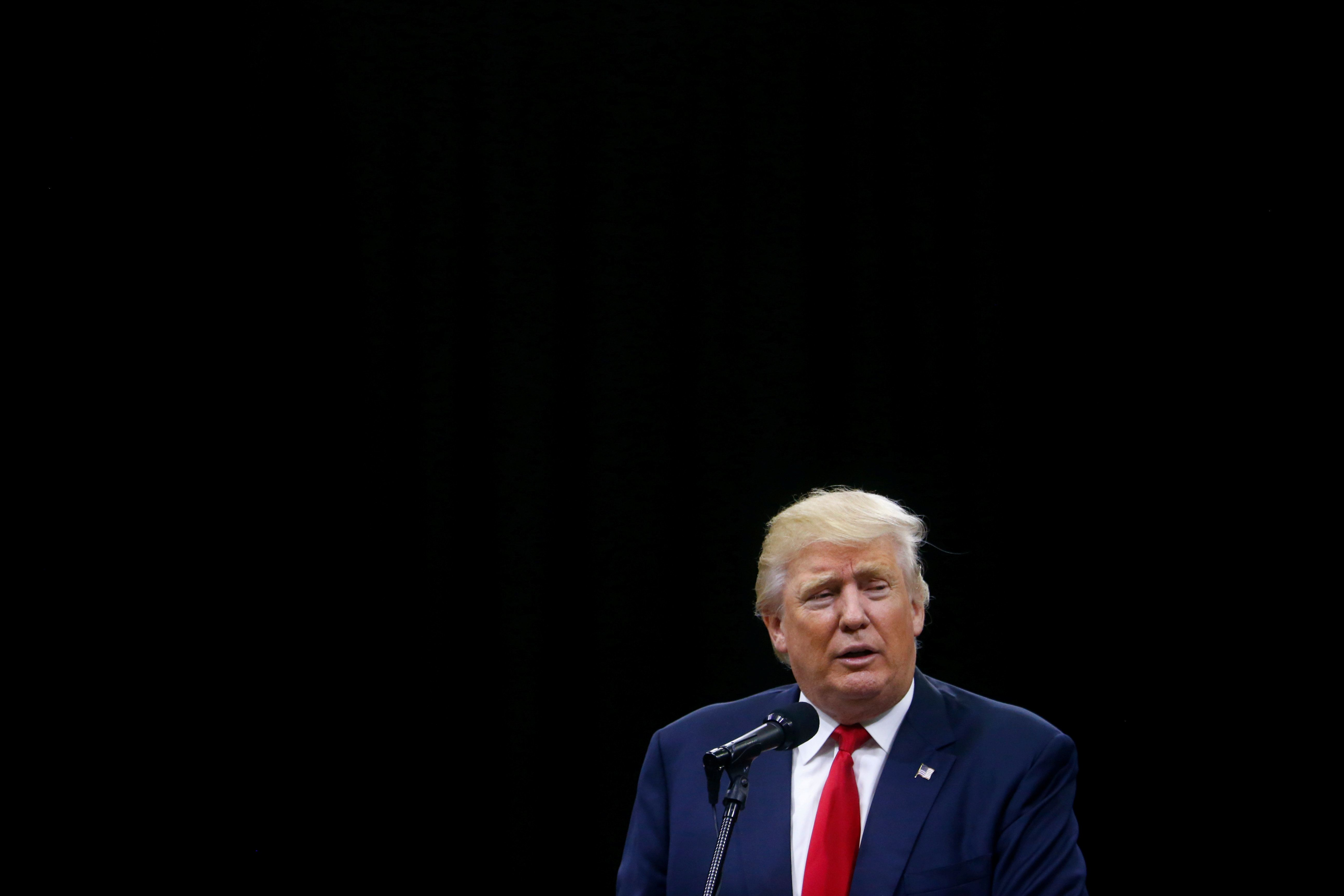 Republican U.S. Presidential nominee Donald Trump attends a campaign event at the Greater Columbus Convention Center in Columbus, Ohio August 1, 2016. REUTERS/Eric Thayer